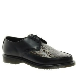 Dr Martens Leopard Flat Leather Laceup Shoes sz 9